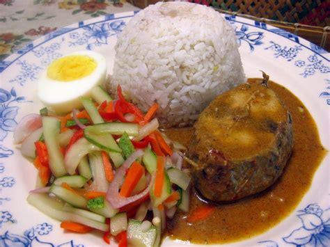 makanan sarapan nasi dagang adalah hidangan nasi tradisi dan makanan