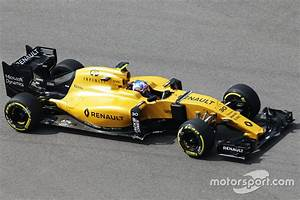 Renault Sport F1 : jolyon palmer renault sport f1 team rs16 at russian gp ~ Maxctalentgroup.com Avis de Voitures