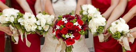 Red Roses And Calla Lily Bouquet Real Wedding Jens