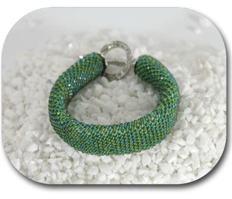 materiel bureau occasion tuto bracelet en perles au crochet en quête de filen