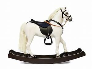 Cheval En Bois à Bascule : cheval bascule royal spinel blanc les chevaux ~ Teatrodelosmanantiales.com Idées de Décoration