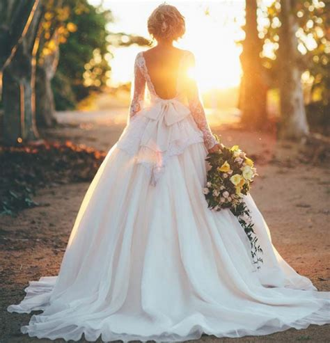 Modern Day Bridal Looks   Guides For Brides