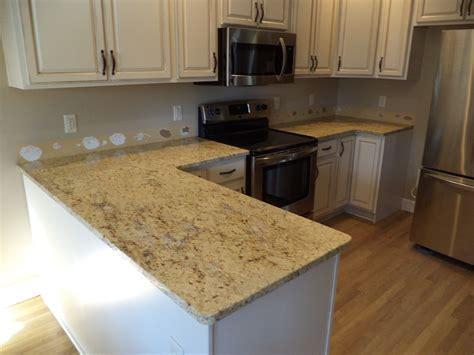cream backsplash with white cabinets granite america colonial cream white cabinets granite
