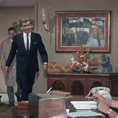 Columbo Murder Painting Noticed Prescription Pilot Never
