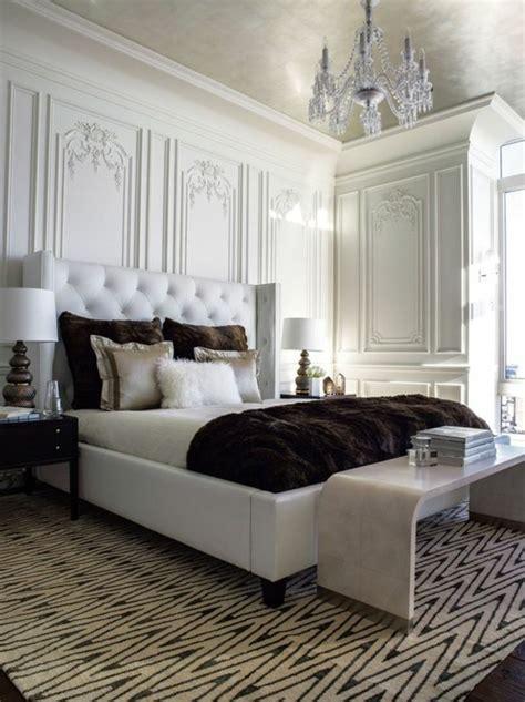 couleur bleu chambre choisissez un lit en cuir pour bien meubler la chambre à