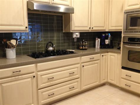 Subway Kitchen Backsplash : Sagebrush Glass Subway Tile