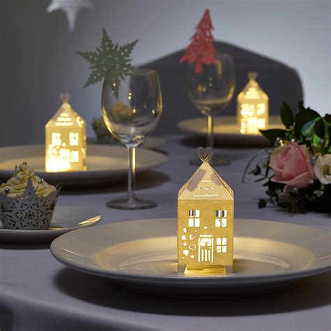 christmas gingerbread houses  winter wedding table