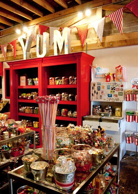 smeeks candy store  love  jumbo yum   sized