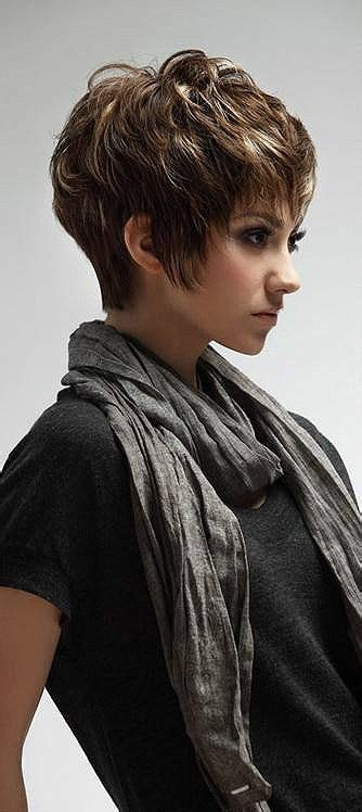 chunky layered haircuts 25 best ideas about layered hair on 3655