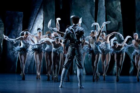 les ballets de monte carlo lac after swan lake