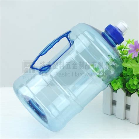 It presents a variety of water bottles with sensible design that pleases all kinds of customer tastes from adorable patterns, sentimental designs and great functionality. Pet Bottle,2000ml Water Bottle,2 Liter Plastic Bottle ...