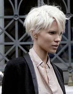 Coupe Courte Cheveux Bouclés : coupe de cheveux courte pour cheveux fins les plus ~ Melissatoandfro.com Idées de Décoration