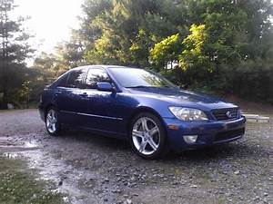 2002 Lexus Is300  8 200