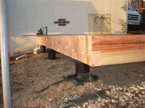 Plot Beton Pour Terrasse Point P by Fondation Sans B 233 Ton Plot De Fondation 224 Visser Dans Le