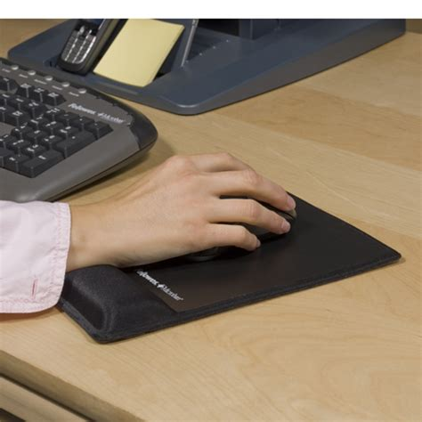 souris de bureau tapis de souris ergonomique et repose poignet intégré