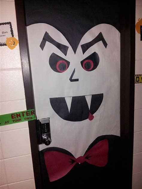 my vire door for the decorating contest in the dorms