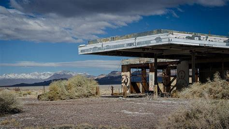 abandoned gas stations america roadside dickenson pearman wes blackwell nicolas henderson lane david