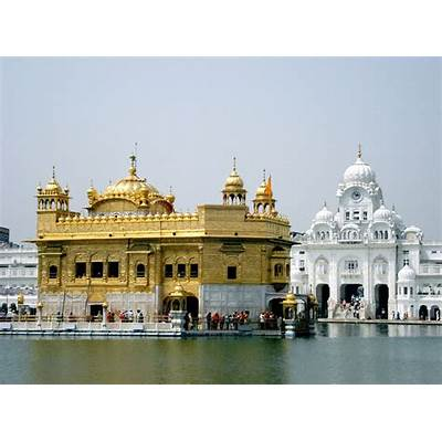 GOLDEN TEMPLE IN AMRITSAR ~ HISTORY OF INDIA