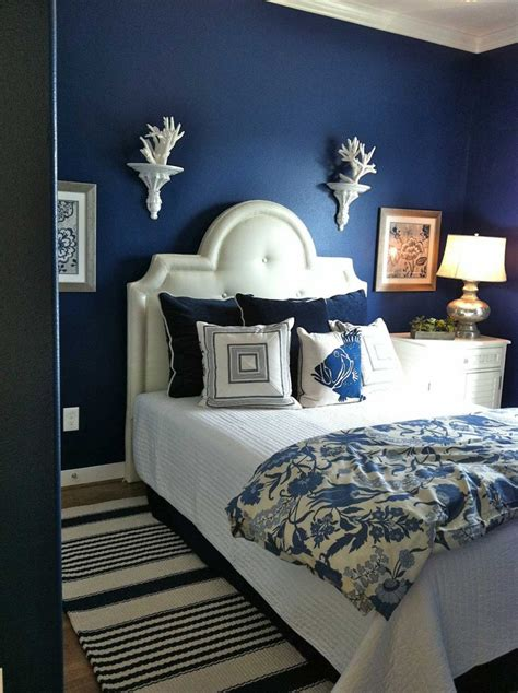 bedrooms  white furniture