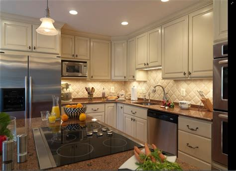 kitchen backsplash warm and wonderful travertine backsplash the homy design Travertine