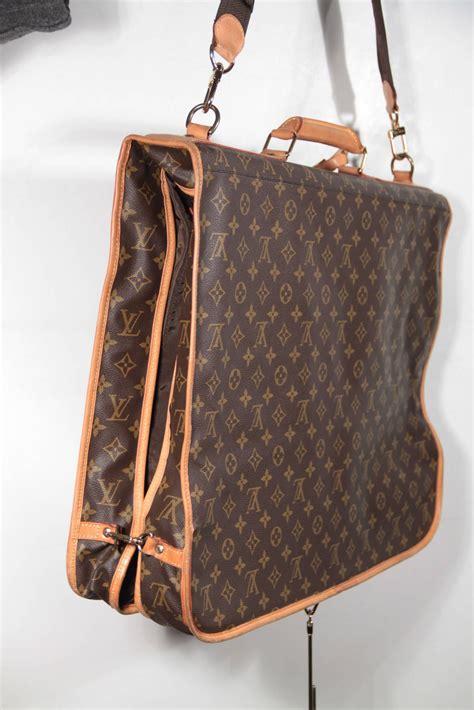 louis vuitton monogram canvas garment carrier bag travel