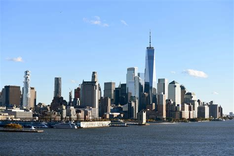 New York City Is Edging Toward Financial Disaster, Experts