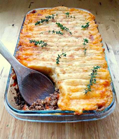 cottage pie basic recipe s traditional cottage pie recipe pie recipes