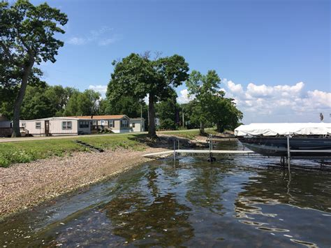 Mille Lacs Lake Bass Boat Rentals by Rocky Reef Resort Cabin 5 Style Cottage Rentals On Lake