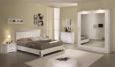chambre a coucher discount meubles chevets pour la chambre