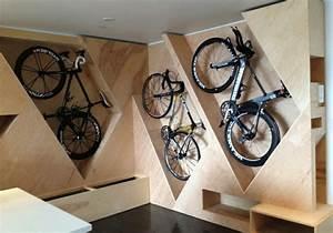 Idée Rangement Garage : un rangement v lo nous allons vous aider 75 id es ~ Melissatoandfro.com Idées de Décoration