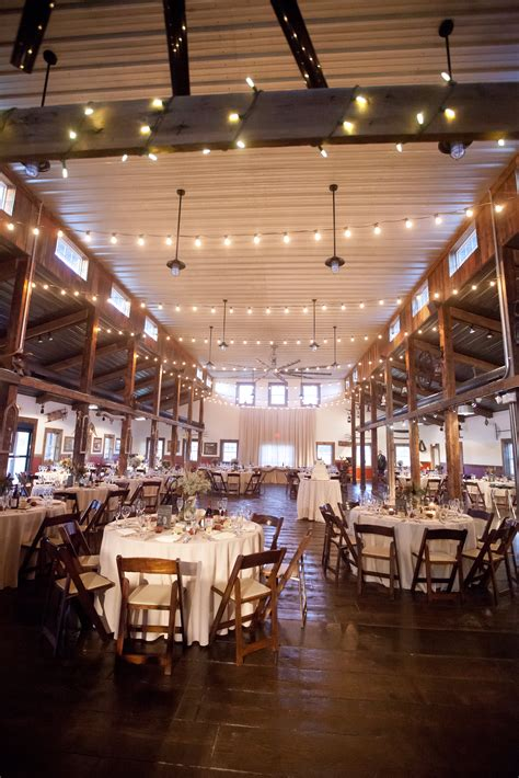 apple orchard weddings farm wedding venue maple park il