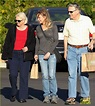 Renee Zellweger: Post Christmas Lunch with Her Parents: Photo 3018125 | Renee Zellweger Pictures | Just Jared