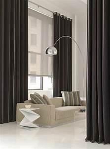Stores occultants selon l39interieur et le type de la fenetre for Chambre à coucher adulte moderne avec store enrouleur occultant porte fenetre