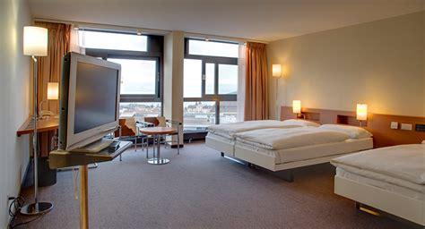 hotel las vegas avec dans chambre etes vous prêt à partager votre chambre d hôtel avec un