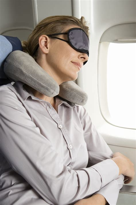 How to Survive a Red-Eye Flight | HuffPost