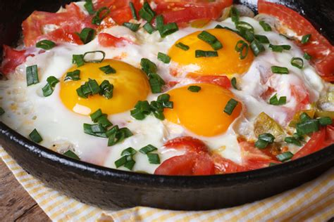 cuisine poulet au four tomates aux oeufs