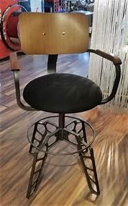 Chaise Haute Metal : objets d co mobilier d 39 art luminaires fontaines d coration maison jardin et terrasse ~ Teatrodelosmanantiales.com Idées de Décoration