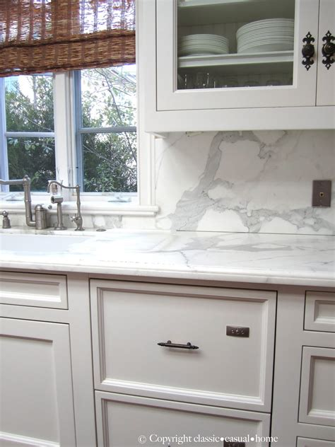 White Kitchen Backsplashes by Classic White Kitchen Backsplashes Classic Casual Home