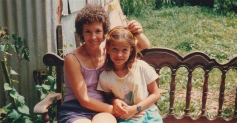How Growing Up With A Mom In A Secret Lesbian Relationship Shaped My Life Huffpost