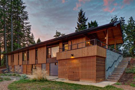 Passive House :  Passive Buildings Captivate Developers' Interest