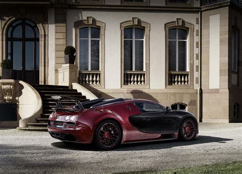 Again, no mechanical changes (would you complain with a thousand brake?), just a cosmetics job. Adiós Bugatti Veyron: vídeo homenaje a 10 años de historia - Autos y Motos - Taringa!