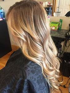 Light Hair With Strawberry Highlights Honey Balayage Hair Blended Hair Colors