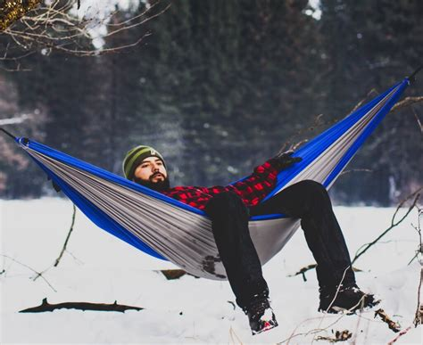 how to stay warm in a hammock 4 clever tricks to stay cozy while hammock cing without