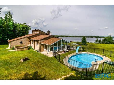 chalet 224 louer bord de l eau spa lac aylmer 224 vendre 224 granby lespac immobilier granby