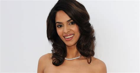 Mallika Sherawat Desktop Wallpapers by Wallpapers Mallika Sherawat Wallpapers