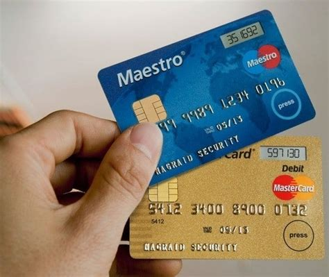 difference  credit card  debit card credit