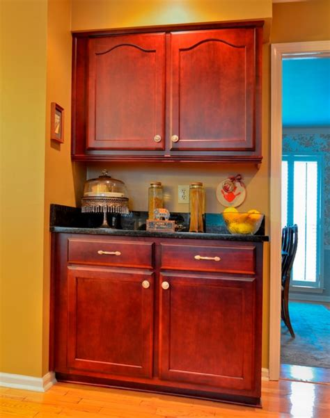 how to hang kitchen cabinets rosewood stained maple 8672