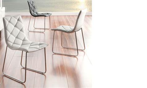 chaise salle a manger blanche chaise salle à manger blanche design en pu et pieds en