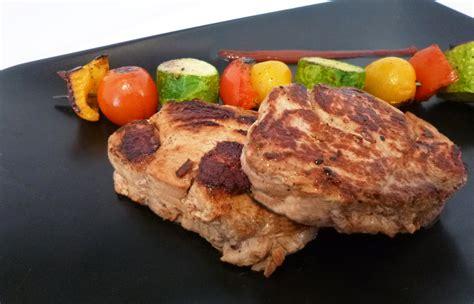 cuisine plancha facile médaillons de veau à la plancha la recette facile par