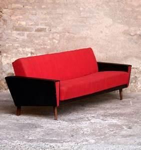 Canapé Convertible Vintage : canap vintage 3 places convertible tissu rouge et skai noir ~ Teatrodelosmanantiales.com Idées de Décoration